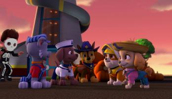 Paw Patrol: Pups Save the Trick or Treats