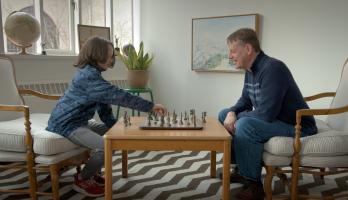 I Love - E23 - Chess