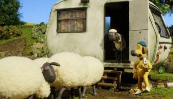 Shaun the Sheep - S3E10 - Bye Bye Barn